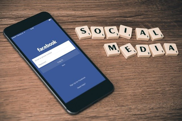 facebook kampanie